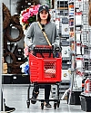 lucy_hale_france004~176.jpg